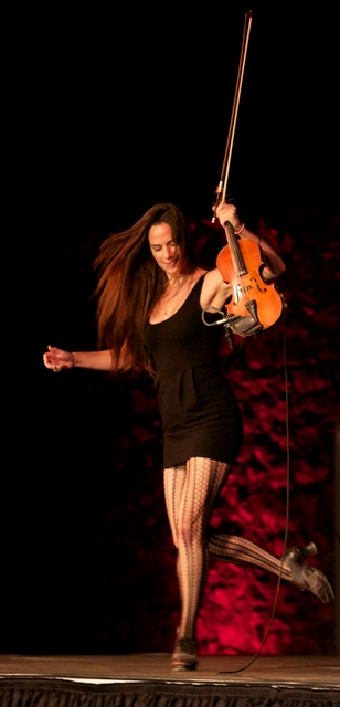 Stephanie Cadman small fiddle dance large